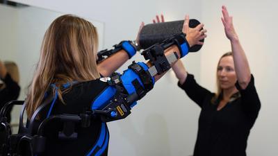Megmutatjuk az ipar jövőjét: exoskeletonok használata az életünkben