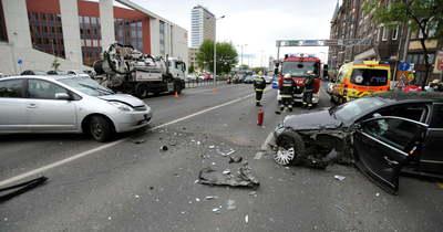 Brutális baleset volt a fővárosban! Megdöbbentő részletek derültek ki – Fotók!