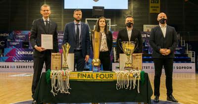 Köszöntötték a bajnok csapatot – A Sopron Basket küzdelmét hálálta meg a városvezetés – fotók