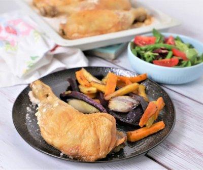 Sóágyon sült csirkecomb: ettől a régi módszertől lesz szaftos a hús