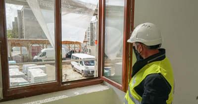 Modern iskola lesz a régi tatabányai bányakórházból: belestünk a felújításba