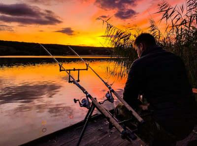 Több mint horgászszerencse: ezért engedélyezték az éjszakai horgászatot