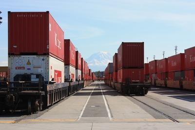 Egymilliárd euró felett volt a márciusi exporttöbblet