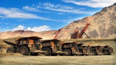 A bányaipar hajtja a világgazdaság közel felét