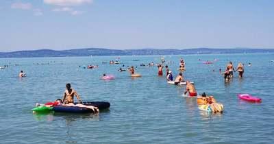 A Balatonhoz menne a fél ország nyaralni