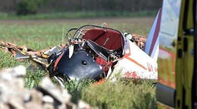 Élet-halál közt van a Törökszentmiklósnál lezuhant gép egyik utasa - helyszíni fotók