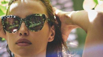 A mellét masszírozza és a fenekét simogatja a világ legszexibb bikinimodellje – 18+ Videó