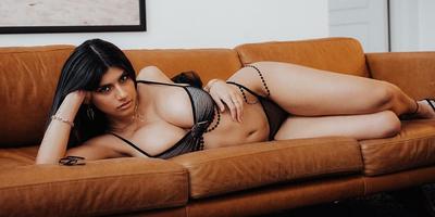 Az egykori pornósztár, Mia Khalifa válaszolt a leggyakoribb szexkérdésekre (18+)