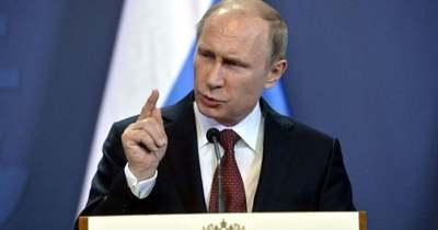 Ellenfeleinek üzent Putyin győzelem napi beszédében