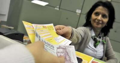 Olvasónk szerint hamarosan a csekkes fizetés is megszűnhet