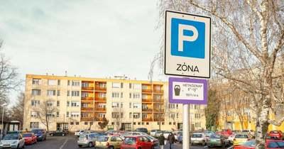 Vajon meddig lesz ingyenes a parkolás Fehérváron?