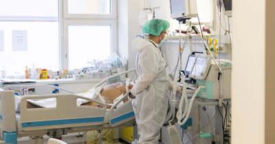 Megjöttek a friss adatok: ezer alá csökkent az új fertőzöttek száma
