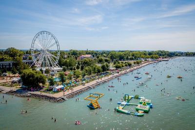 Európa legnagyobb vízparti játszóvára épül a Balatonnál