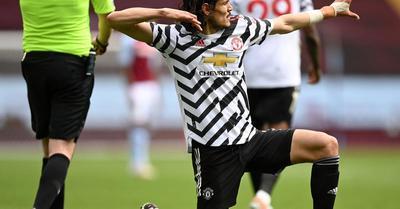 Manchester United: további egy évre marad Cavani – sajtóhír