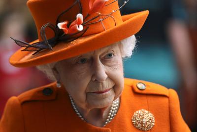 Senki sem számított arra, amit II. Erzsébet királynő, hatalmánál fogva tett