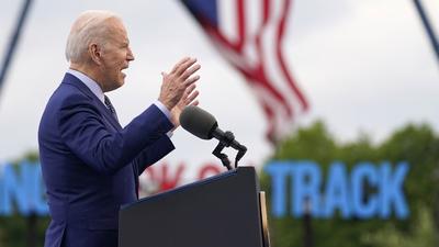 Joe Biden Magyarországgal is tárgyal ma Bukarestben Ukrajnáról