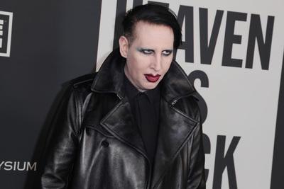 Durva vádakkal állt elő Marilyn Manson exe: azt állítja, az énekes korbáccsal verte őt (+18)