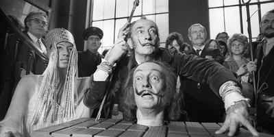Egyetlen nőt szeretett csupán az a Salvador Dalí, aki halott testvére reinkarnációjának hitte magát