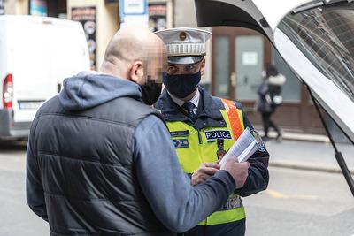 Többnapos közúti razziát indít a rendőrség, új eszközt is bevetnek a szabálytalankodók ellen