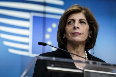 A ciprusiak szerint nem meglepő, hogy korrupciós botrányba keveredett Stella Kyriakides családja - videó