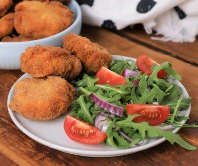 Gyorsan könnyűt: extra ropogós csirkefalatok - jobb mint, a mekiben!