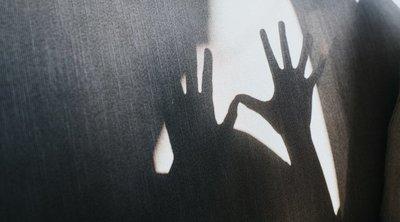Lelketlen: aprópénzért adta el az anya tinédzser fiát egy pedofilnak