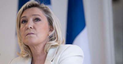 Marine Le Penre a francia rendőrség és katonaság 60 százaléka szavazna Macron ellenében