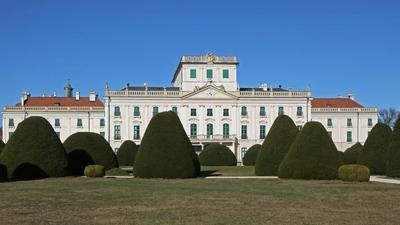 A magyar államnál maradnak a milliárdos értékű Esterházy-kincsek