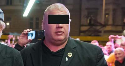 Nagyon nagy bajban van Curtis testvére, az ügyészség szerint bérgyilkosság történt