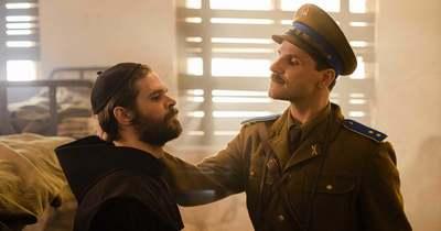 Krisztus inge: Filmet forgatnak Soponyán Eperjes Károllyal