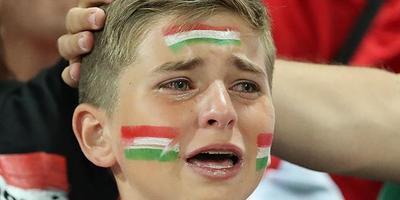 Öt év után fotózták le újra az Eb-n zokogó magyar kisfiút - kép