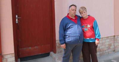 Gyanúsan olcsón értékesítette a végrehajtó a gondozásra szoruló pár házát
