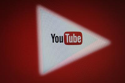 A YouTube százmillió dolláros támogatással csábítaná el az influenszereket