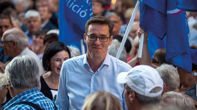 Előre lejátszott választás – titkos megállapodásokkal vetít az ellenzék
