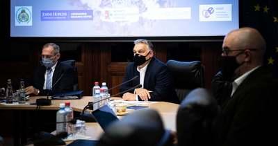 Már kora reggel fontos döntéseket hozott Orbán Viktor - Fotó