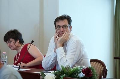A magyarok elsöprő többsége szerint egy kormányfőnek tudnia kell angolul