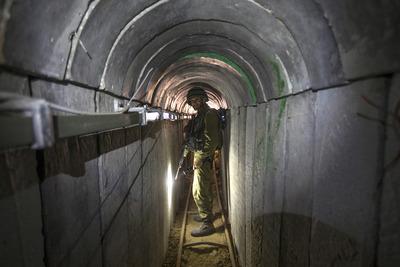 Csel a Hamász ellen - az alagutakba csalták az iszlamistákat