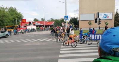Hatalmas esések és kiélezett hajrá tarkította a Tour de Hongrie tatai szakaszát
