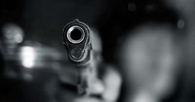 Két emberrel is végzett a kirúgott sportlövész, hajtóvadászat indult utána