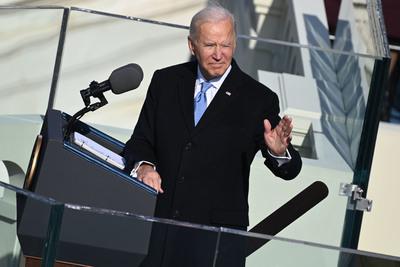 Nyugalmazott amerikai katonai vezetők kérdőjelezték meg Biden alkalmasságát
