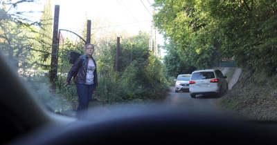 Idegőrlő a káosz a Jakabhegyi úton, de nem lesz rá megoldás (videó)