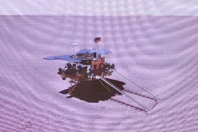 Leszállt a Marsra az első kínai űrszonda
