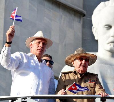 Nagy váltás zajlik Kubában, de a Castro családot továbbra sem lehet majd megkerülni