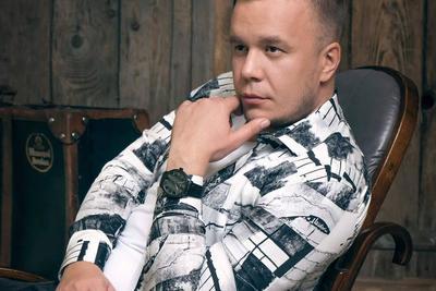 Fekete Dávid egykori kollégái nyilatkoztak az énekesről: