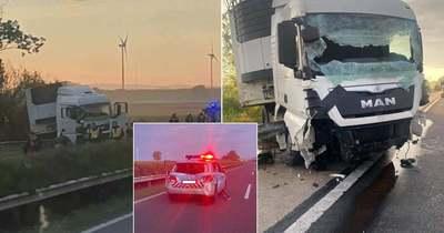 Kiderült: rendőröket is letarolt a kamion