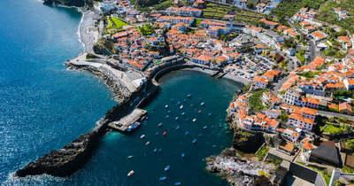 Portugália megnyitja kapuit
