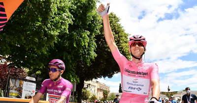 Giro d'Italia: az egri egyetem hallgatója megőrizte az élen állónak járó rózsaszín trikót (frissítve)