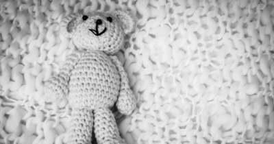 Felfoghatatlan tragédia: szülei mellett fulladt meg a baba