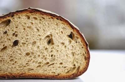 Ez történik a testeddel, ha véletlenül penészes kenyeret eszel