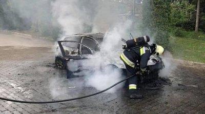 Tuti tippek a tűzoltóktól: ezt tegye, ha kigyullad a kocsija
